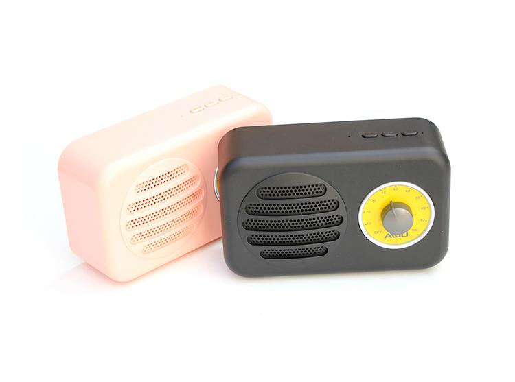 无线蓝牙小型音箱复古元素FM重低音插卡AUX电脑便携式迷你小音响-爱扫货